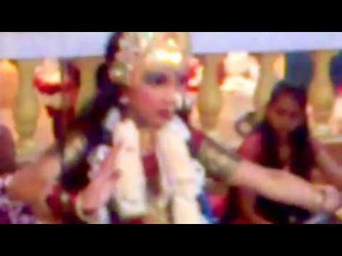 Indian girls Dancing in Malaysia Temple _HD@PATHEKA