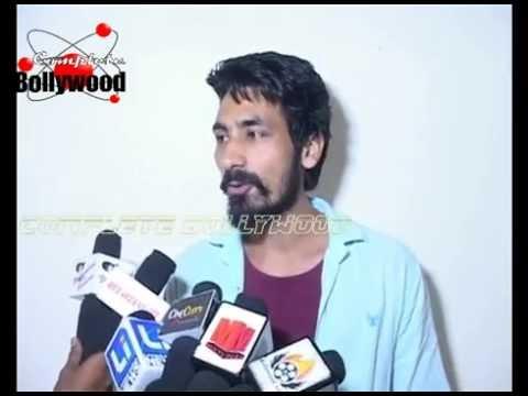 'Thumbs Up! Says Public For Aishwarya & Randeep Starrer 'Sarbjit'
