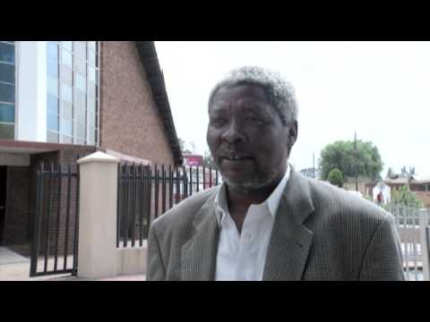 South Africa: Mandela in Hospital on Easter