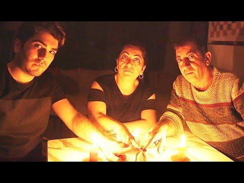 CİN ÇAĞIRDIK !! *Işıklar Yanıp Söndü