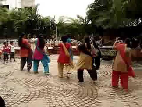 CG Ladies Dance - Mehndi Ki Raat