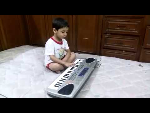 Jan Gan Man-National Anthem in a 4 year old Indian Boys Voice...