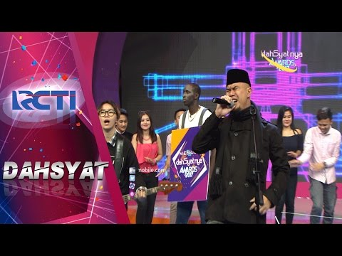 Dahsyat! Ahmad Dhani Nyanyiin