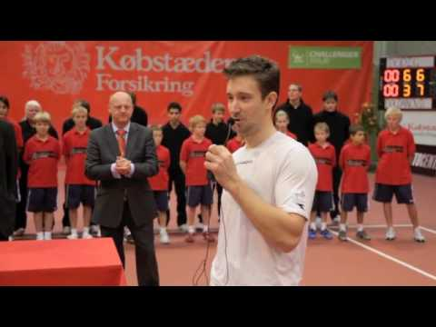 The winner of the Tennis ATP Challenger 09 in Kolding, thanking speak....