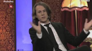 Ylvis Video - Ylvis talking to mom live from TV studio (Subtitles)