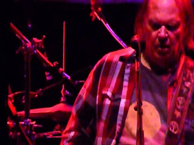 Neil Young Walk Like A Giant Boston garden by Ben Wilder 11 26 2012