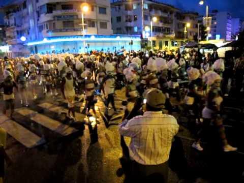 Delire Blanc Traversee Carrefour Legitimus 06 02 2011