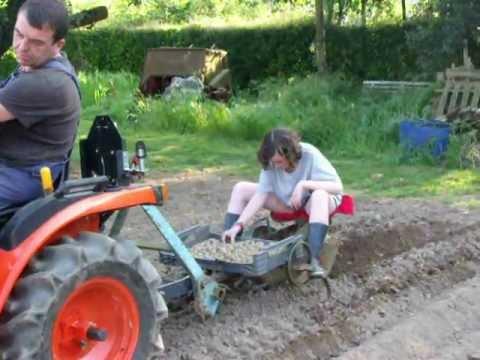 Planteuse pomme de terre pour motoculteur