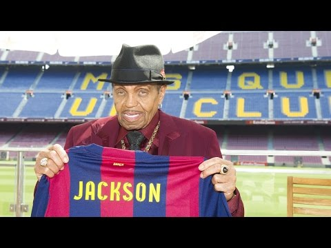 Michael Jackson's father visits Camp Nou