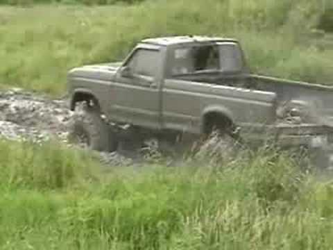 ford truck mudding at the house Video