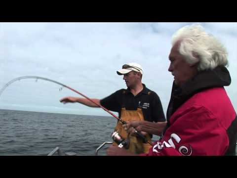 Shark fishing with Okuma 8.5ft spinning rod