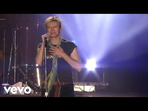 David Bowie - Heroes (Live @ The Isle Of Wight)