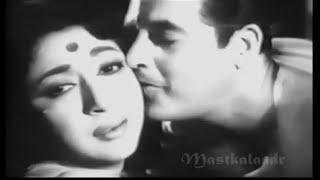 download lagu Tu Mere Samne Hai Teri Julfen Hai..suhagan1964- Rafi -hasratjaipuri gratis