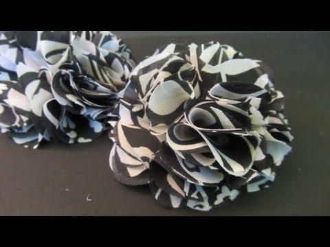 Cómo hacer flores de tela FÁCIL. How to make fabric flowers.