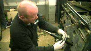 landrover 110 200tdi 300tdi td5 bulkhead how to change and fitting instructions and guide pt12