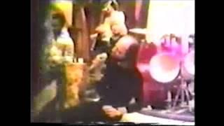 Watch Alan White Giddy video