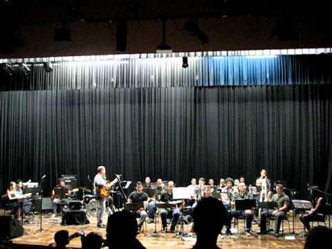Nelson Faria e Gerais Big Band - Brooklyn High.AVI
