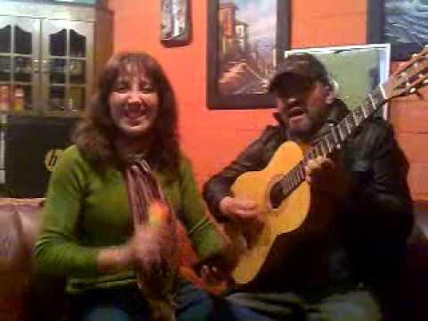 Pareja de Cantantes (duo pasamor)
