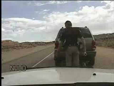 policia sadico