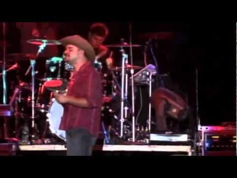 Joseph Cabanilla – Paz En La Tormenta – Videoclip Oficial En Vivo – Musica Cristiana