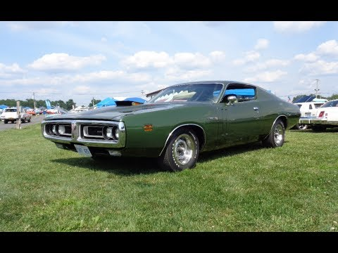 1971 Dodge Charger R/T RT in Dark Green & 426 Hemi Engine Sound on My Car Story with Lou Costabile