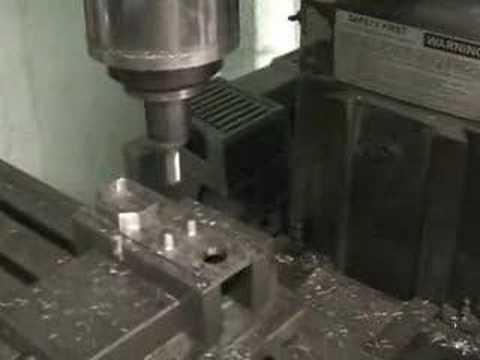 Fresadora CNC de Torreta Lagun control Anilam