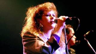 Watch Kirsty MacColl Fifteen Minutes video