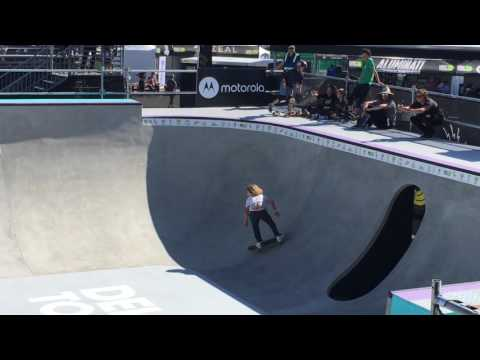 Cruise Mosberg Dew Tour Long Beach 2017 Bowl Qualifiers