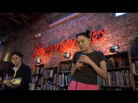 Bishop Briggs - Dream (Acoustic) LIVE HD (2018) Long Beach Fingerprints Music
