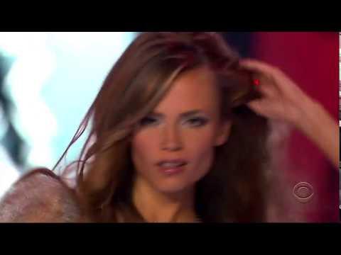 Victoria's Secret Fashion Show Sexy Back video