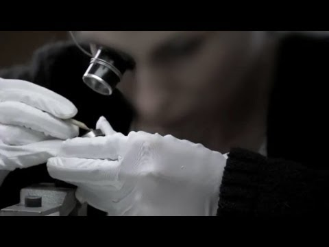 Experience Watchmaking Expertise - CHANEL