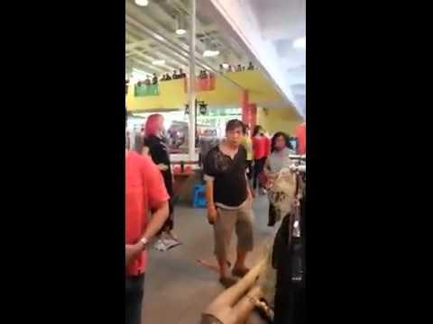 NON-LOCALS FIGHTING IN CHINATOWN, SINGAPORE
