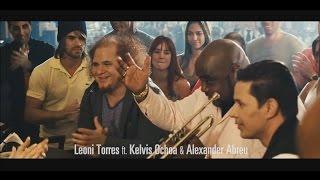 Leoni Torres Ft Kelvis Ochoa Alexander Abreu Es Tu Mirada Oficial Clip