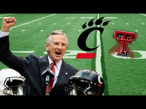 Tommy Tuberville dines and dashes on Texas Tech, Kliff Kingsbury new coach