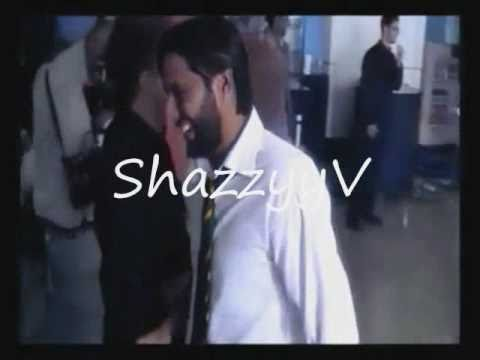 Shahid Afridi Hits Razzaq With A Bat - Cricket Fight video