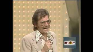 The Statler Brothers - Pop Goes The Country Theme Song