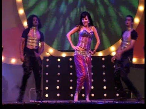 Yana Gupta's Hot Live Performance video