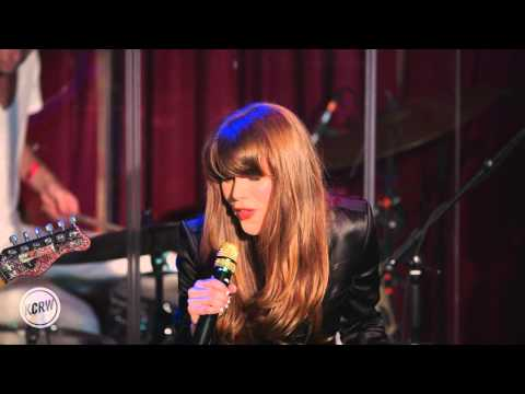 Jenny Lewis performing