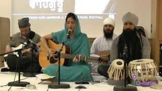 Qi-Rattan live Simran Jaap (Mass Meditation Chanting) 3rd November 2013