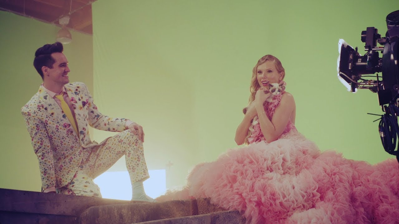 "Taylor Swift - 新譜シングル""ME!""MVのBehind The Scenes (The Story of Benjamin Button)を公開 thm Music info Clip"