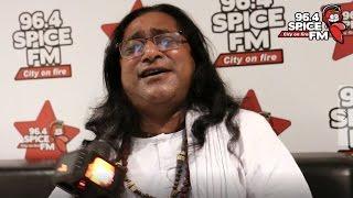 Tomra Mosjid Mondire Jete Bolo Na Amay by Baul Shafi Mondol Live | Rj Tazz | Spice FM
