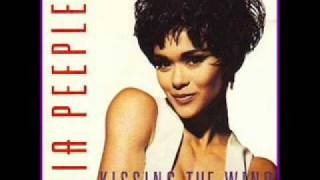 Nia Peeples - Kissing The Wind