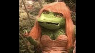 Watch Hollies Crocodile Woman video