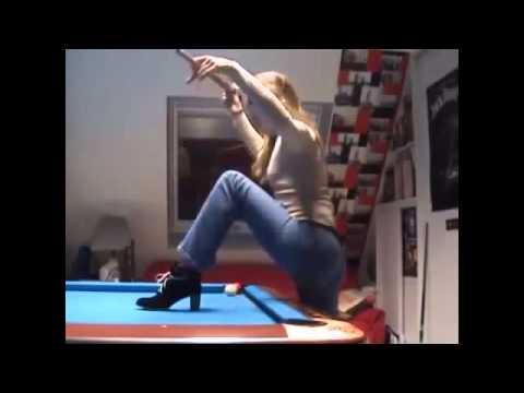 Pareja enseña sus trucos de pool - Humor 2014