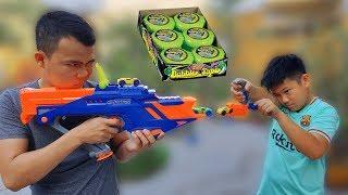 Trò Chơi Bé Doli Nerf War Hubba Bubba ❤Chi Chi Kids TV❤ Đồ Chơi Baby Fun