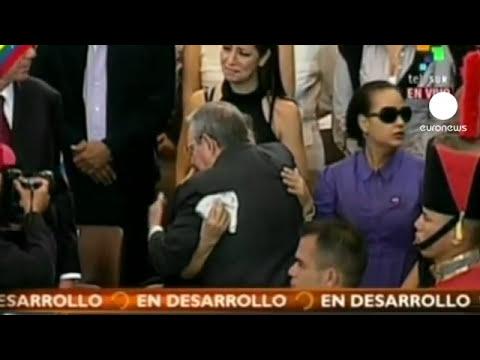 Chávez permanecerá embalsamado en una urna de cristal para siempre