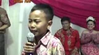 Download Lagu Alfi Dulang Kuring Gratis STAFABAND