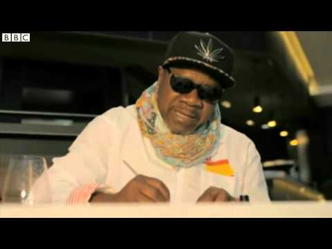 Papa Wemba  Congo music star dies after collapsing on stage   BBC News