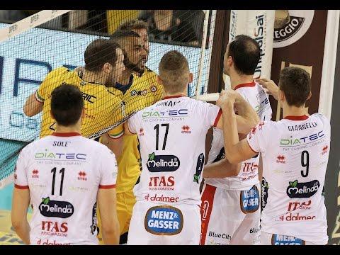 Superlega A1: Semifinale gara 3. Tanta tensione, espulsi Bruno e Kaziyski... il gesto dell'ombrello