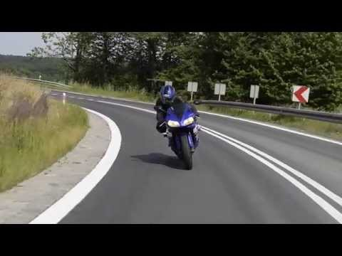 Yamaha YZF-R1 2002 Review